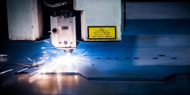 Industrie 660x330 - Ein Industriefußboden muss schweren Belastungen standhalten