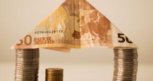 Kredite 310x165 - Zentralbanken bescheren Immobilienkäufern günstige Kredite